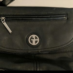 Gianni Bini Bags - Giani Bernini black leather purse